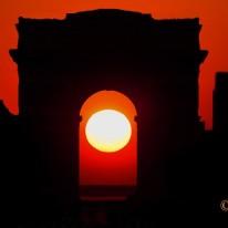 Conjoncture Soleil-Arc de Triomphe - Paris