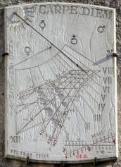 Cadran solaire Place du Château - Cité médiévale - 11000 Carcassonne
