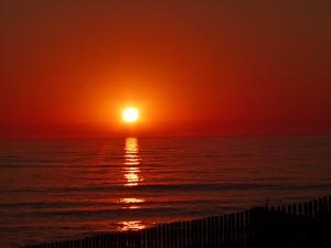 p13303009-coucher-de-soleil-porto-22-aout-2016-20h15