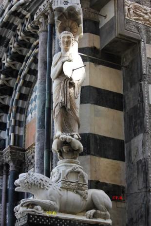 cadran solaire statue cathédrale San Lorenzo Genes